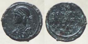 les monnaies anépigraphes pour les vicennales de Constantin Ier à Trèves 23711